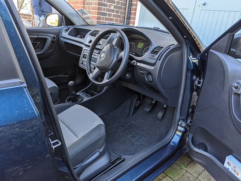 full valet - interior cleaning - richmond, london, tw10, skoda fabia
