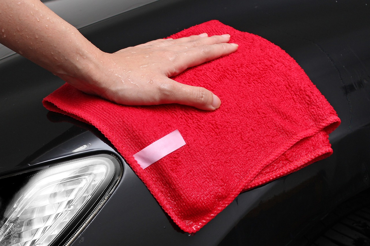 essential car cleaning - mobile car valeting